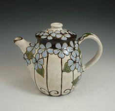 Linda Hughes, Ceramic Teapot, Cuerda Seca