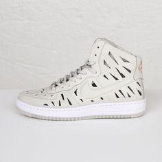 37455ed187730 Nike W AF1 Ultra Force Mid Joli QS - 802814-001 - Sneakersnstuff | sneakers  & streetwear på nätet sen 1999