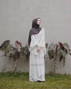 Best Ideas For Style Hijab Remaja Gemuk hijab remaja gendut Casual Hijab Outfit, Hijab Chic, Hijab Style Dress, Ootd Hijab, Hijab Fashion Casual, Hijab Teen, Longdress Hijab, Shabby Chic Design, Kebaya Hijab