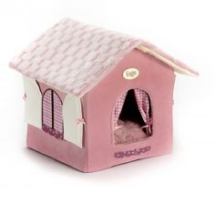 Luxury Pink Cuna House Dog Bed