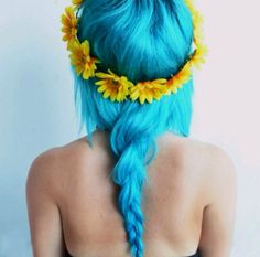 The sunflower #headband goes perfectly with this #aquamarine hair color! #braid