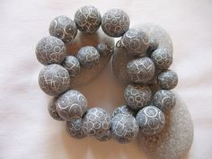 Kugelkette_615 | andrea_brigitta. Faux pebbles made from polymer clay.