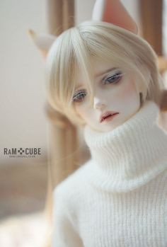 RaMcube PARTS 【期間限定】DM.Camill Head B type | 総合ドール専門通販サイト - DOLKSTATION(ドルクステーション) Big Eyes Artist, Pose Reference Photo, Handsome Anime Guys, Boy Doll, Custom Dolls, Character Design Inspiration, Ball Jointed Dolls, Doll Face, Aesthetic Art