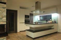 Kitchen Island, Studios, Lak, Table, Furniture, Home Decor, Island Kitchen, Interior Design, Home Interior Design