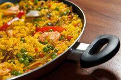 paella de marisco Rice Recipes, Veggie Recipes, Great Recipes, Cooking Recipes, Healthy Recipes, Portuguese Recipes, Rice Dishes, International Recipes, Food Inspiration