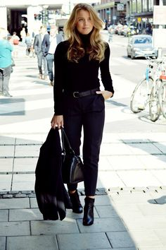 All black fall style // Molly Rustas | Modette | Page 3