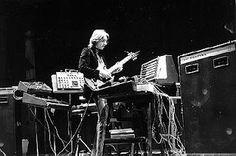 ASH RA TEMPEL'S visionary guitarist and electronische pioneer Manuel Göttsching