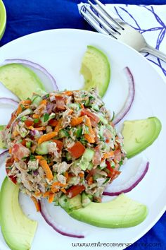 Between Eating and Tuna Ceviche . Lunch Recipes, Mexican Food Recipes, Diet Recipes, Cooking Recipes, Ethnic Recipes, Recipies, Tuna Ceviche, Clean Eating, Healthy Eating