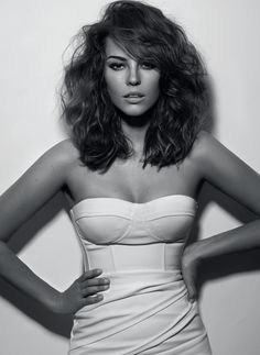 Paola Oliveira hair