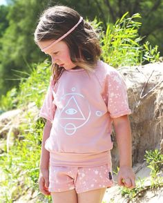It's finally here!!! Our STARGAZERS Limited Edition Summer 16 Capsule Collection DROPS NOW!!! Click link in bio to peep the newness!!! http://ift.tt/1nmv7ON #theminiclassy #stargazers #capsulecollection #limitededition #highend #kidsfashion #streetwear #keepyourheadintheclouds visuals by: @coppafeel beat by: @mammyth art by: @blackpaintstudios