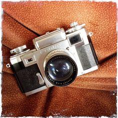 RAMÓN GRAU. Director of Photography: Como hermanas . NIKON S2 . CONTAX . KIEV . Camaras de casa . Torrenbo octubre de este año . Barcelona ....