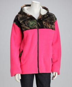 When the great outdoors get a little chilly, zip up in this jacket's soft, bonded-sherpa lining to keep warm. Camo panels on the front give it a rugged look, and the bright hue on the rest of the garment balances the earthy tones. Plus, two zippered pockets work as hand warmers or a safe stash for car keys.