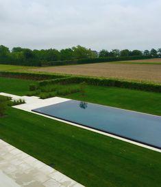 Modern pool in the Hamptons by Howard Design Studio. #modernpoolideas #PoolLandscaping