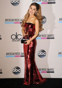 36 of Ariana Grande's Cutest Looks - Cosmopolitan.com