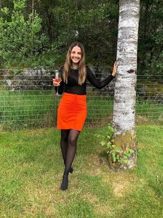 Ellen's Sewing Passion: Orange Skirt 🧡 Orange Skirt, Curls, Leather Skirt, One Piece, Passion, Autumn, Models, Sewing, Winter