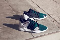 adidas give us a first look at the full range of their latest Statement collection, including the Xeno, EQT, Athleisure and Primeknit packs. Adidas Presents, Casual Sneakers, Sneakers Nike, Nike Shoes, Sports Footwear, Men's Footwear, Custom Sneakers, Clothes Horse, Sport Fashion
