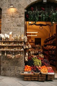 maxitendance:  Front Shop of a Grocer in Italy - pink velvet