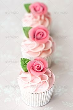Almond Rose Water Cupcakes Recipe on Cake Central. I'm not one for cupcakes. So I'll make a layer cake instead! Fondant Cupcakes, Cupcakes Rosa, Cookies Cupcake, Pretty Cupcakes, Beautiful Cupcakes, Pink Cupcakes, Yummy Cupcakes, Wedding Cupcakes, Birthday Cupcakes