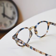 母の日にもどうぞ仏発おしゃれなSee Conceptシーコンセプトの老眼鏡
