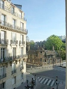 $1599 week.1 block from luxembourg park
