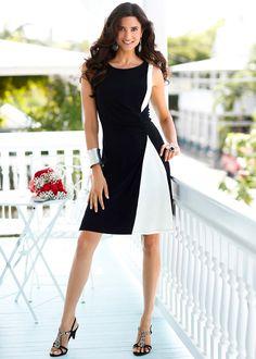 Vestido crú/preto estampado encomendar agora na loja on-line bonprix.de  R$ 89,90 a partir de Modelagem marcada, frente com franzido sofisticado, decote ...