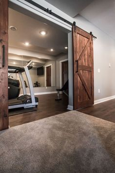 40 Fabulous Diy Basement Design Ideas With Minimalist Renovation Basement Makeover, Small Basements, House, Home, Basement Decor, Home Remodeling, Basement Living Rooms, Home Gym Basement, Home Gym Design