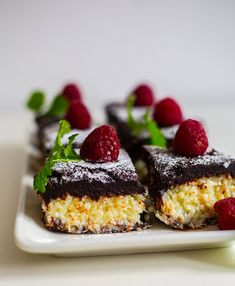 Bountybrownie - ZEINAS KITCHEN Zeina, Cooking Recipes, Healthy Recipes, Swedish Recipes, Brownies, Meal Planning, Cheesecake, Deserts, Clean Eating