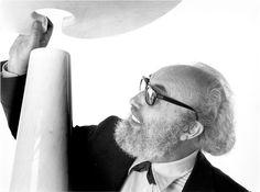 """L'architetto e designer Angelo Mangiarotti incontra gli allievi dell'Istituto statale d'arte """"Stagio Stagi"""" di Pietrasanta, 24 maggio 1969 (Flora-Paoli 1977, p.244),"""
