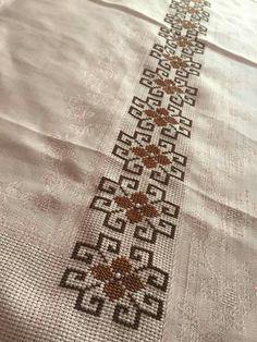 Cross Stitch Pillow, Cross Stitch Borders, Cross Stitch Flowers, Cross Stitch Designs, Cross Stitch Embroidery, Cross Stitch Patterns, Palestinian Embroidery, Butterfly Cards, Baby Knitting Patterns
