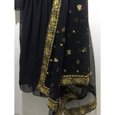 Black georgette beautiful partywear anarkali suit - Fabric :Georget suit ( length 53 )Semi stich upto silk bottom ( unstitch )Net dupatta with heavy embroidery work Anarkali Bridal, Silk Anarkali Suits, Salwar Suits, Black Pakistani Dress, Pakistani Dresses, Dress Indian Style, Indian Outfits, Designer Anarkali Dresses, Lace Saree