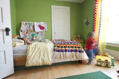 love this green for a kid's room...
