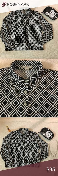 Michael Kors Long Sleeve Button Down Shirt XL Women's XL long sleeve button down black and white shirt. Please see photos for measurements. Thank you very much for visiting my closet!  Happy poshing! Michael Kors Tops Button Down Shirts