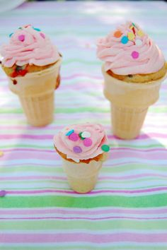 this would be cute for Ella's Preschool Birthday snack