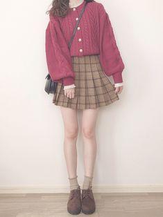 Korean Fashion Trends you can Steal – Designer Fashion Tips Quirky Fashion, Kawaii Fashion, Cute Fashion, Look Fashion, Fashion Outfits, Fashion Design, Korean Fashion Trends, Korean Street Fashion, Asian Fashion