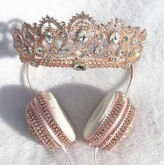 """The Vatican"" - Lit Headphones - Crown Headphones and Tiara Headphones Crown Headphones, Cute Headphones, Girly Things, Cool Things To Buy, Stuff To Buy, Cute Jewelry, Jewelry Accessories, Phone Accessories, Accesorios Casual"