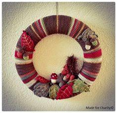 Herfst krans Autumn crochet wreath Autumn Crochet, Crochet Wreath, Charity, Christmas Wreaths, Holiday Decor, Home Decor, Decoration Home, Room Decor, Home Interior Design