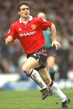 9 - Mark Hughes - 163 Goals/Games 467.