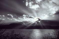 Break on through  #landscape #norge #norway #noreg #solnedgang #Sunset #sun #mountains #fjell #fjord #fjords #sognogfjordane #sogn #larvik #høyanger #landskap #solstaver #solstafir