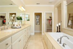 Look at this luxurious master bath! Doesn't it just make you want to soak in the tub? via @Shea Homes NoCal