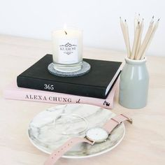 LOVING @Chloe.larkin who has again taken the most amazing pic of our @kearosecandles. We've got loads of incredible candles in store of both 45 hour and 80 hour candles. Check out our collection which includes Pink Peony Black Raspberry and Coconut Lime... Amazing flaours - link in profile #kearose #kearosesoycandle #pinkpeony #candle #candles #candlelove
