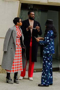 The Best Street Style from New York Fashion Week Fall 2020 . - The Best Street Style from New York Fashion Week Fall 2020 - New York Fashion Week Street Style, Nyfw Street Style, Street Style Trends, Autumn Street Style, Cool Street Fashion, Street Chic, Street Girl, Tokyo Fashion, Fashion Clothes