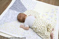 Team Timeless // Reversible Play Mat Quilt Baby Activity Gym, Little Star, Sewing Projects, Kids Rugs, Activities, Quilts, Play, Fabric, Fun