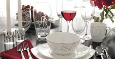 Setting the Table - Place Setting Etiquette Explained #dinner #food