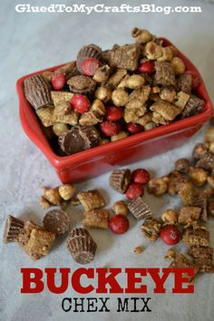 ohio state buckeyes The easiest Buckeye Chex Mix recipe EVER! Perfect for football season and celebrating those Ohio State Buckeyes! Snack Mix Recipes, Yummy Snacks, Dog Food Recipes, Delicious Desserts, Healthy Snacks, Dessert Recipes, Yummy Food, Snack Mixes, Chex Recipes