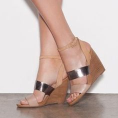 awesome Shoespie Camel Color Wedge Sandals