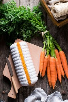 Nuvola alle carote, solo il nome fa già intendere quanto possa essere soffice questo dolce. Ottimo per colazione e merenda, salutare e con la possibilità d...