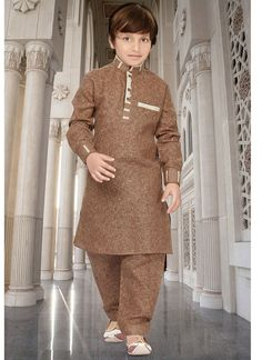 Brown kids ready made pathani kurta pyjama set. Boys Party Wear, Kids Party Wear Dresses, Kids Wear Boys, Kids Dressy Clothes, Boys Clothes Style, Kids Clothes Boys, Gents Kurta Design, Boys Kurta Design, Kids Blouse Designs
