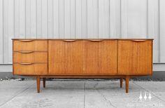 Large mid century modern credenza / sideboard in teak.