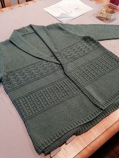 Ravelry: Project Gallery for Persimmon pattern by Amy Christoffers