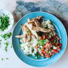 marinated chicken with Ras el Hanout, a North African spice mix made up of turmeric, paprika, cumin & coriander and teamed it with cauliflower rice, an excellent source of health-giving phytochemicals #MindfulChef #Recipebox #healthy #food #foodie #healthyfood #dinner